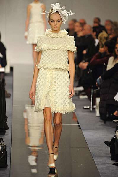 Chanel Spring 2009 Haute Couture. Изображение № 14.