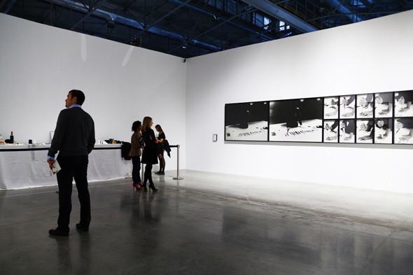 Как это устроено: Как искусство перевозят через границу и монтируют в выставки. Изображение № 12.