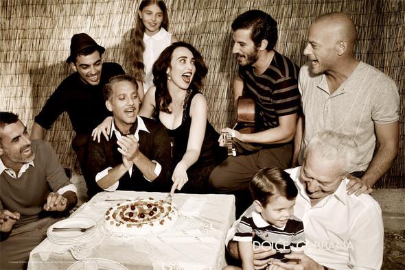 Кампания: Dolce & Gabbana SS 2012 Men. Изображение № 5.