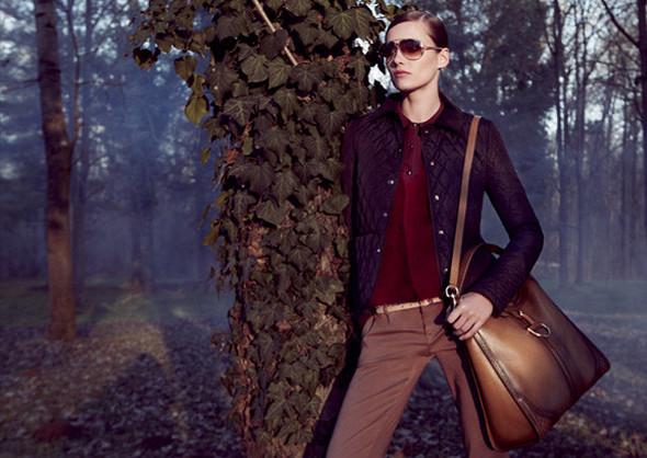 Кампании: Dior, Versace, Gucci и Burberry. Изображение № 21.