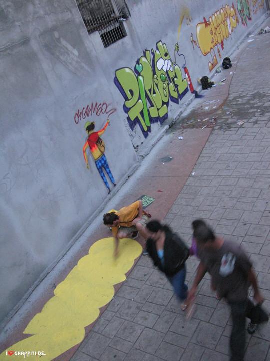 Граффити художники Os Gmeos о творческом пути. Изображение № 14.