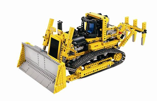 5 причин, почему в LEGO не стыдно играть взрослым. Изображение №6.