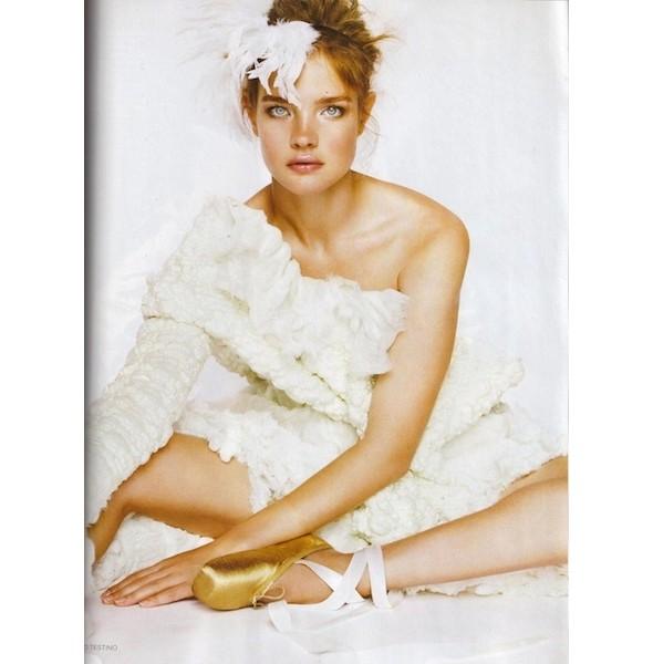 Новые съемки: Elle, Marie Claire, Vogue и другие. Изображение № 38.