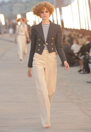 Chanel 2010 Cruise collection. Изображение № 1.
