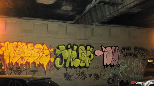 Граффити художники Os Gmeos о творческом пути. Изображение № 6.