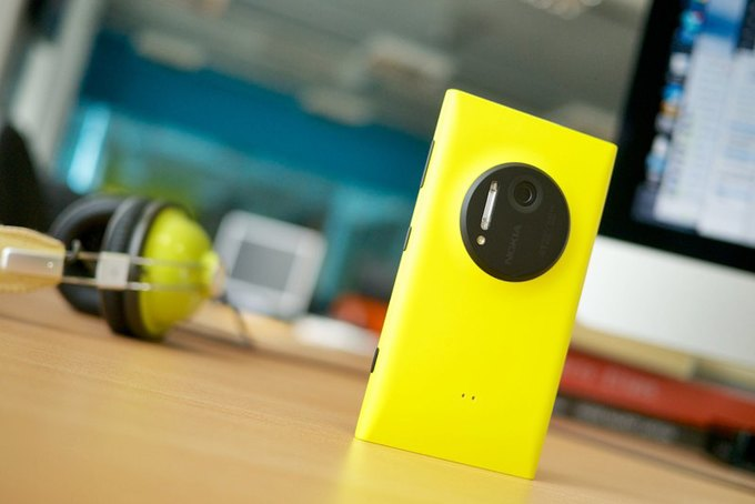 Nokia Lumia 1020. Изображение № 1.