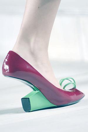 Туфли-убийцы. Изображение № 1.