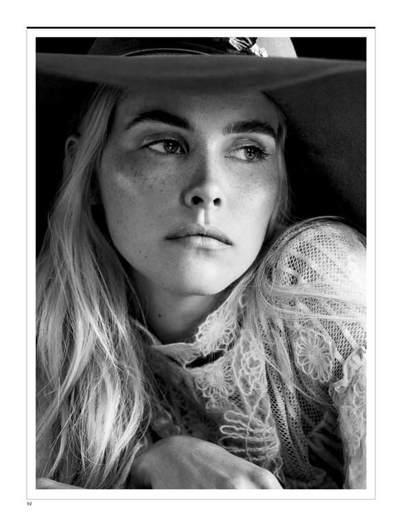 Съёмка: Изабель Лукас для Interview. Изображение № 5.