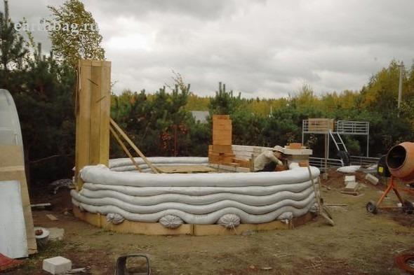 Проапокалиптический DIY - купол из мешков с землей - Earthbag building. Изображение № 7.