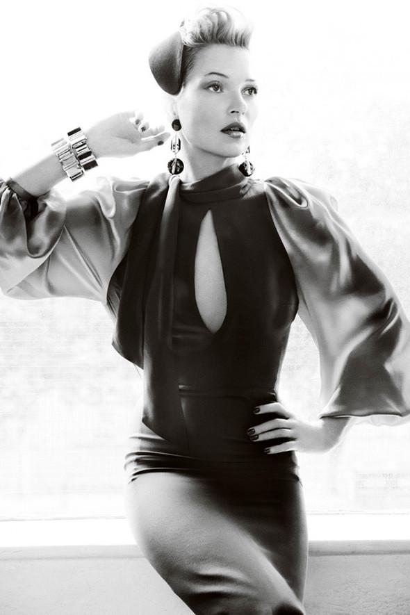 Съёмка: Кейт Мосс для британского Vogue. Изображение № 9.