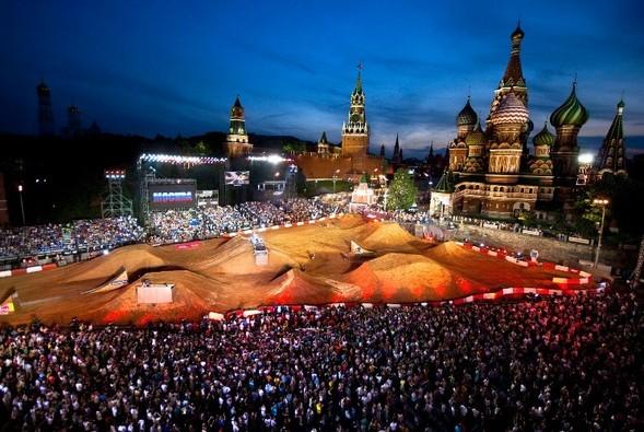 Red Bull X-Fighters 2010 Москва Россия. Изображение № 1.