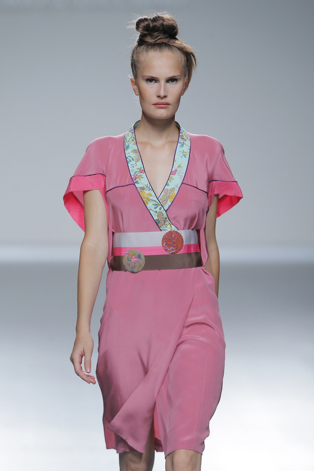 Madrid Fashion Week SS 2013: VICTORIO & LUCCHINO. Изображение № 9.
