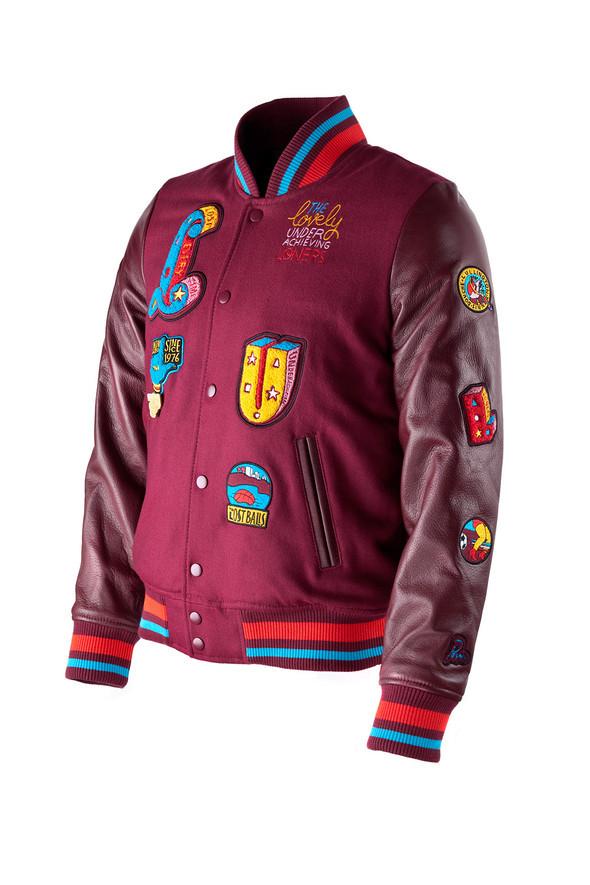 Cумашедшие куртки отCassete Playa иParra. Изображение № 7.