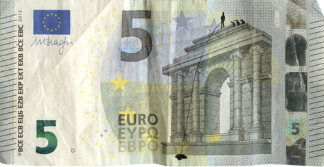 Художник в знак протеста изрисовал банкноты на 3555 евро. Изображение № 4.