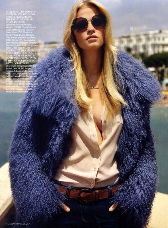 Лара Стоун в Vogue UK. Изображение № 4.