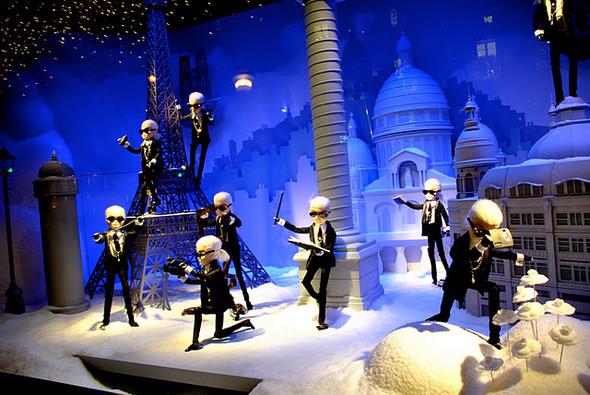 10 праздничных витрин: Робот в Agent Provocateur, цирк в Louis Vuitton и другие. Изображение № 14.