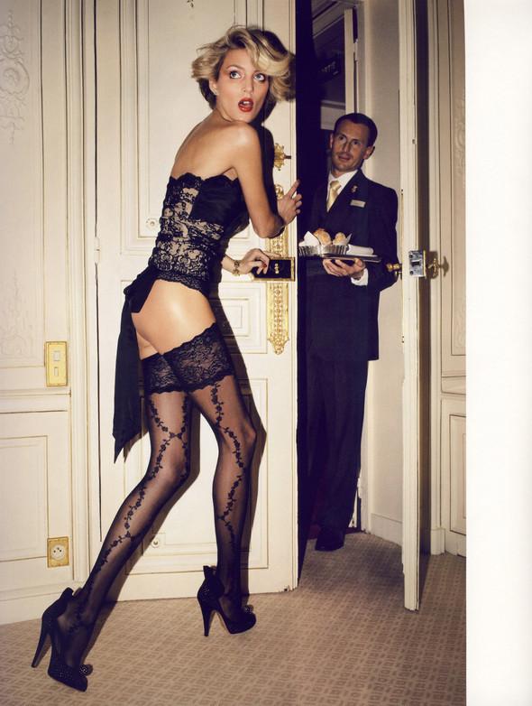 """""""TOUTES JAMBES"""" Vogue Paris JuneJuly 2009. Изображение № 9."""