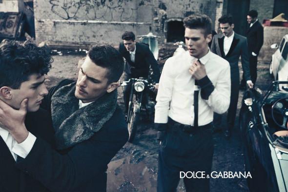 Мужские кампании: Fendi, Dolce & Gabbana и Ralph Lauren. Изображение № 7.