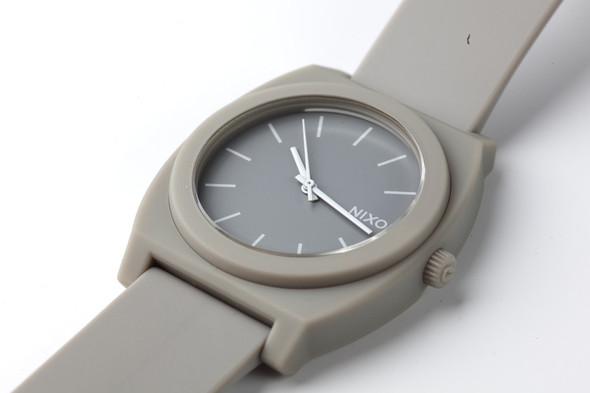 Финальная распродажа часовой марки NIXON.. Изображение № 18.