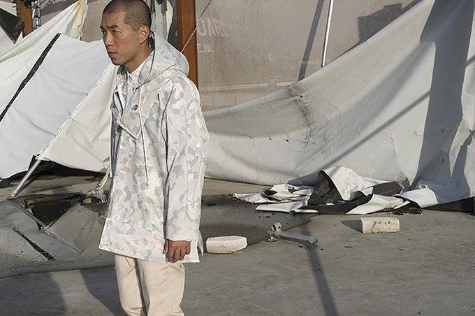 Дизайнер создала куртку для выживания. Изображение № 2.