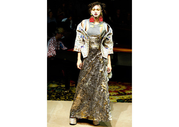 Vivienne Westwood SS 2012. Изображение № 78.