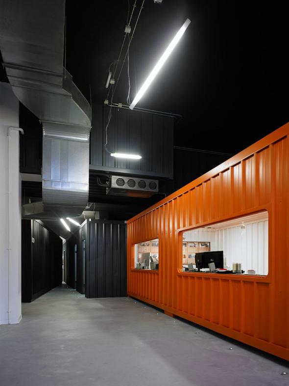 Офис испанской интернет-компании Dinahosting. Изображение № 2.