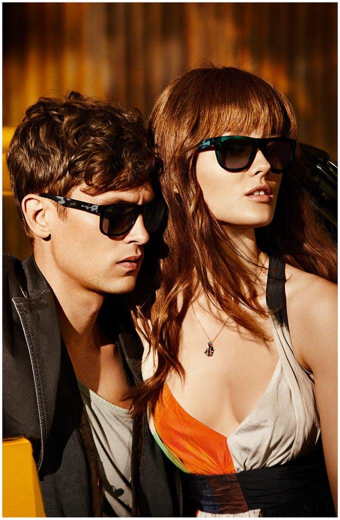Alberta Ferretti, DKNY и Moschino показали новые кампании. Изображение № 21.