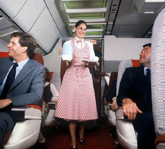 Луки стюардесс со всего мира. Изображение № 7.