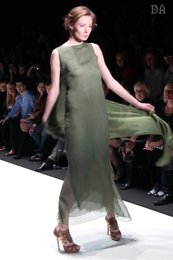 Mersedes-benz fashion week Russia, день первый. Показ Лены Карнауховой. Изображение № 14.