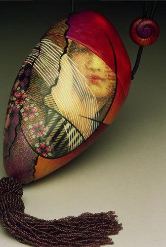 Богатые деталями театрально-художественные сумки. Изображение № 18.