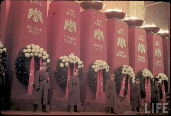 100 цветных фотографий третьего рейха. Изображение №18.