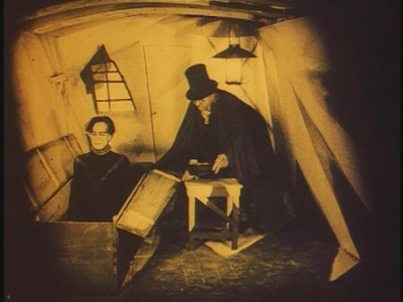 «Кабинет доктора Калигари»Роберт Вине. триллер, 1919. Изображение № 14.