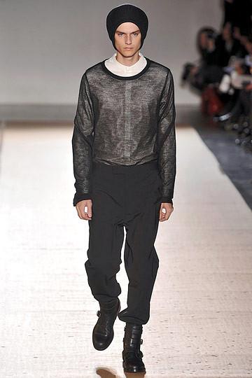 Неделя моды в Париже: мужские показы. Изображение № 95.