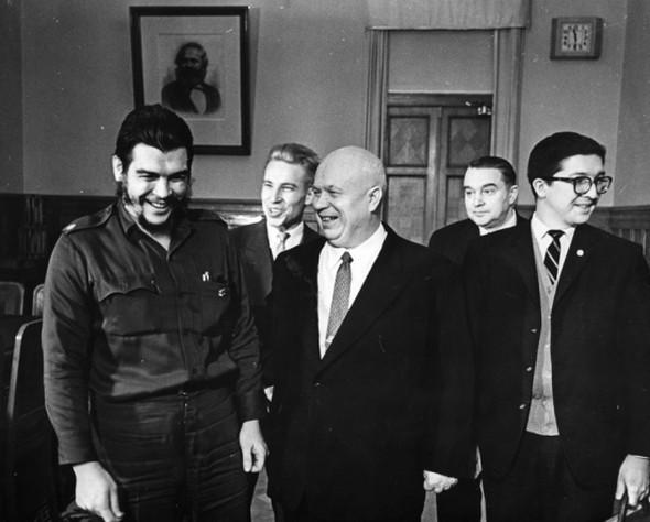 Н.С, Хрущев принимает делегацию. Изображение № 110.