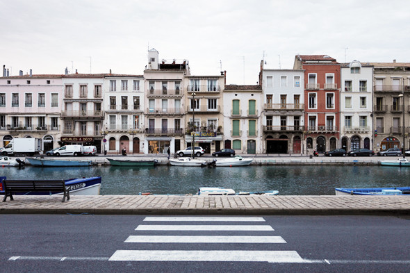Фестиваль Worldwide на юге Франции: Танцпол у маяка, серфинг и суп из акулы. Изображение №29.