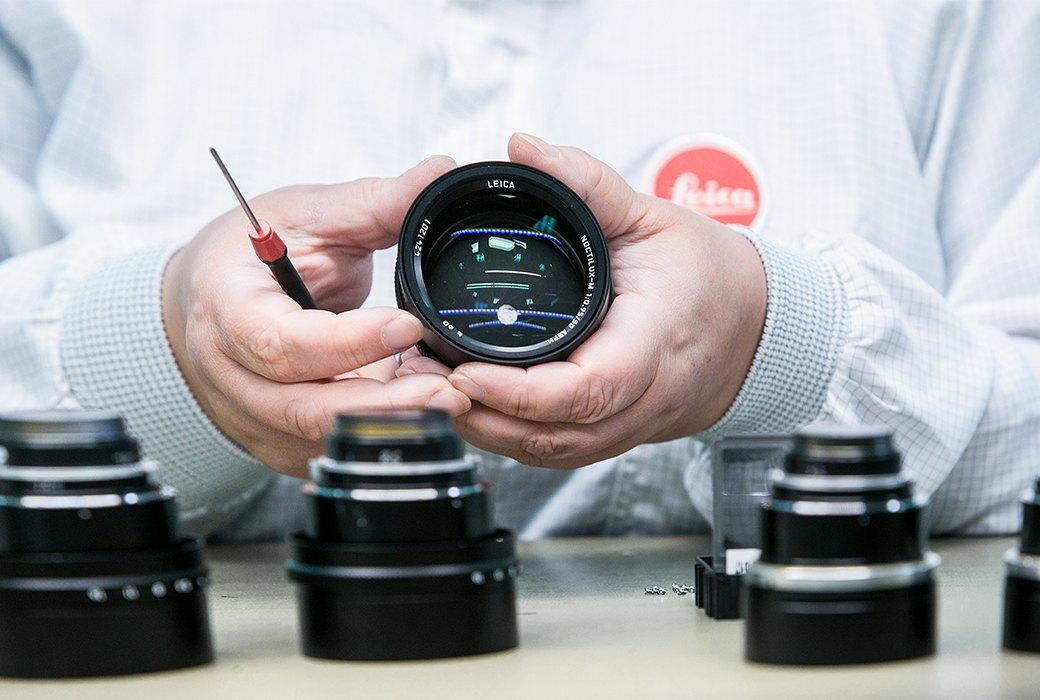 Как производятся самые желанные фотоаппараты в мире. Изображение № 12.