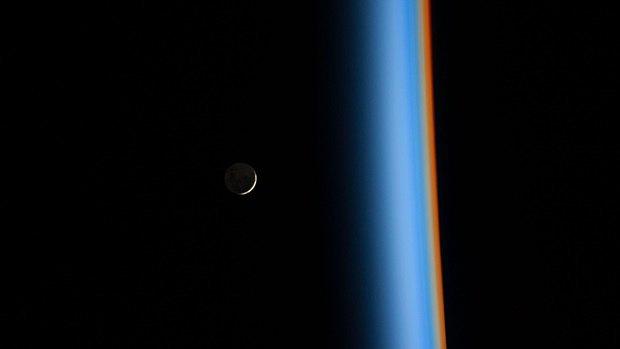 Снимок Луны с МКС авторства Коичи Вакаты. Изображение № 29.