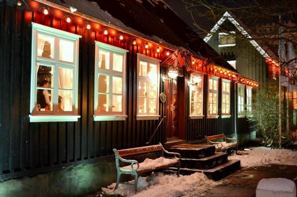 Рейкьявик перед Рождеством. Изображение № 18.