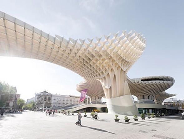 Изображение 5. Metropol Parasol: Самая большая деревянная конструкция в мире.. Изображение №5.