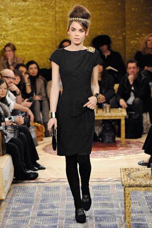 Chanel PreFall 2011. Изображение № 46.