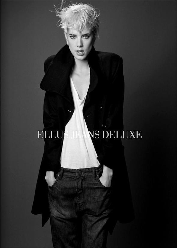 Ellus Jeans Deluxe FallWinter 2009. Изображение № 20.