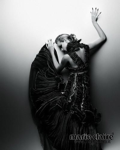 Календарь Marie Claire 2010. Изображение № 10.
