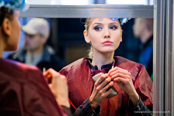 Backstage Ukrainian Fashion Week. Изображение № 31.