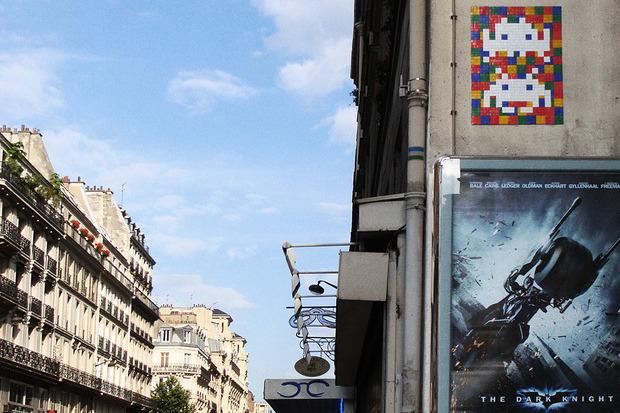 Французский художник Invader отправил свою работу в космос. Изображение № 6.