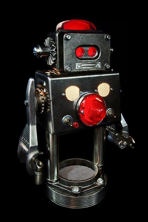 Фото: забавные роботы из промышленного мусора . Изображение № 3.