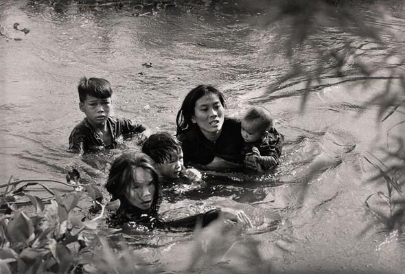 Моменты истории. Снимки, потрясшие весь мир. Изображение № 9.