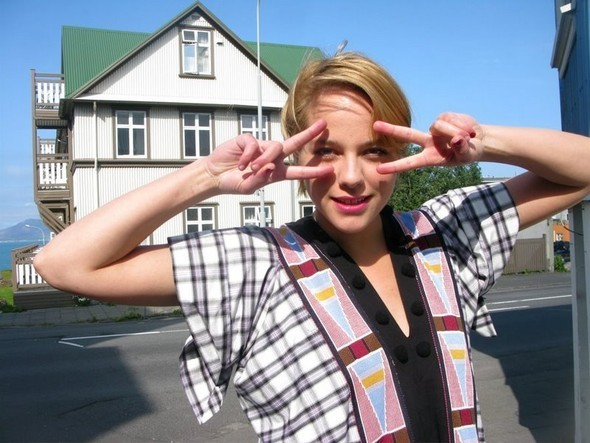 REYKJAVIK STYLE: блондинки, магия инемного стрит-фэшн. Изображение № 1.