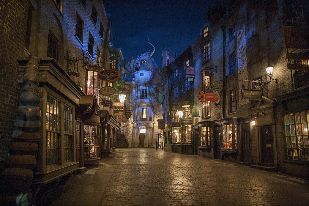 Как будет выглядеть парк аттракционов вселенной «Гарри Поттера». Изображение № 2.