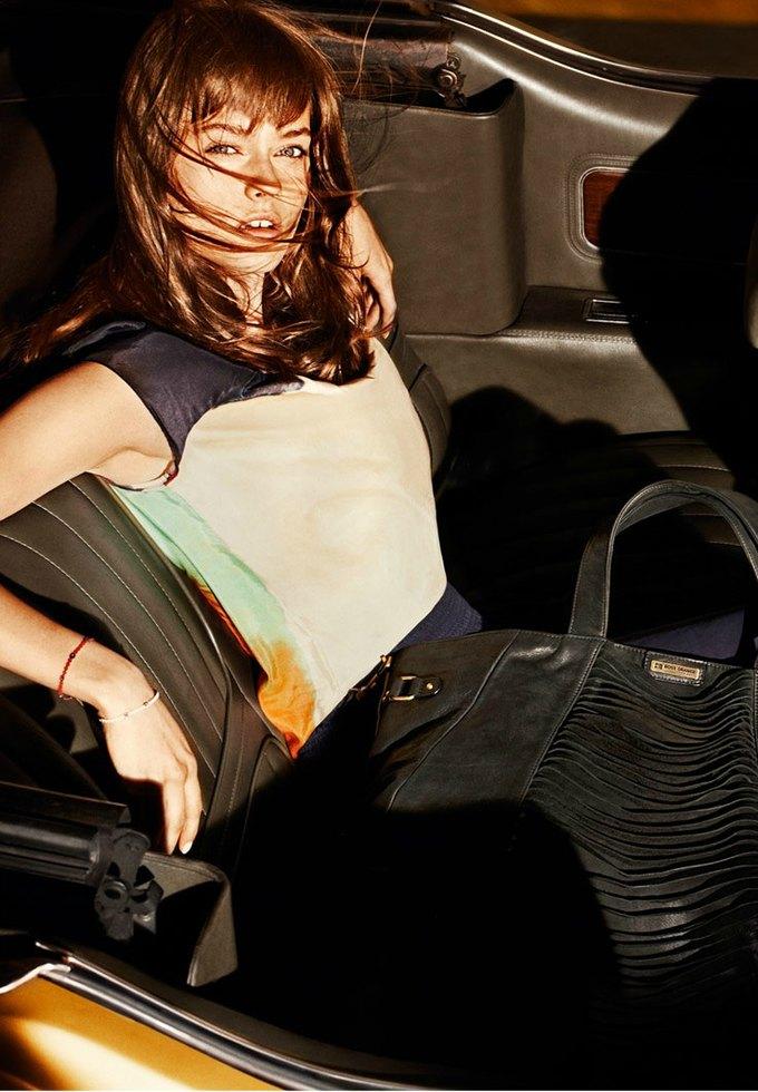 Alberta Ferretti, DKNY и Moschino показали новые кампании. Изображение № 15.