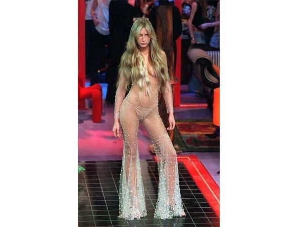 Хронология бренда: Givenchy. Изображение № 16.
